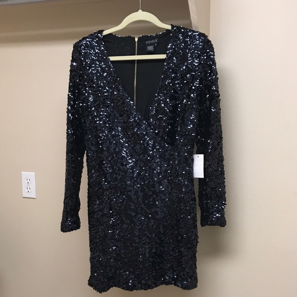 47c83eacb0d4 VENUS V-Neck Sequin Dress size M. M_5a96fd7e2ae12f16da6e0014